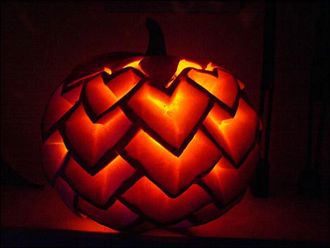125 halloween pumpkin carving ideas digsdigs Awesome pumpkin designs