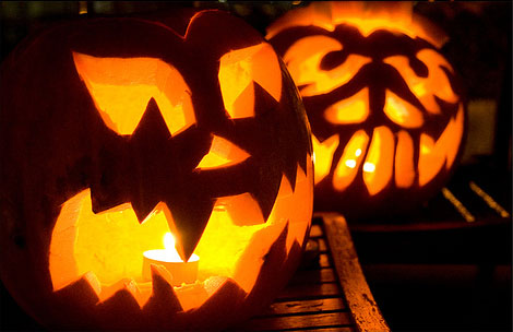 125 halloween pumpkin carving ideas digsdigs - Idee deco citrouille halloween ...