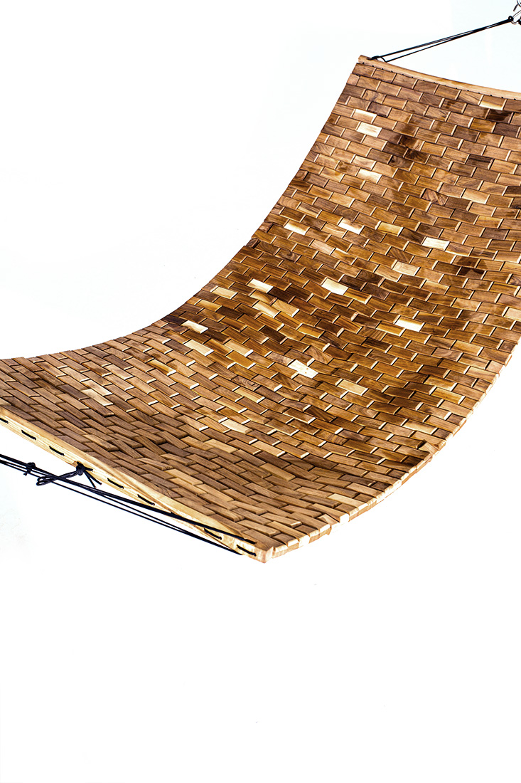 Handcrafted Walnut Para Hammock For Complete Relaxation