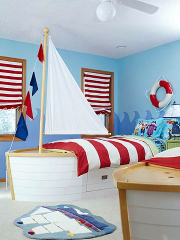 Sailing theme is perfect for a 4 years old boy room.