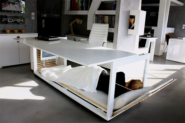 Hard Worker Dream: Nap Desk With A Sleeping Space
