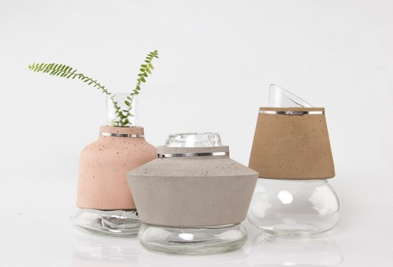 Harmonious Combo: 100% Sand Vases From Glass, Sand And Concrete