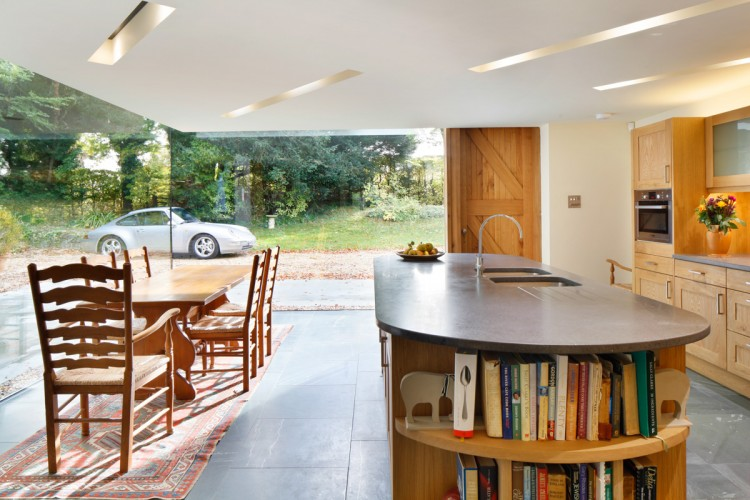 Historical English Cottage With A Cantilevered Glazed Extension