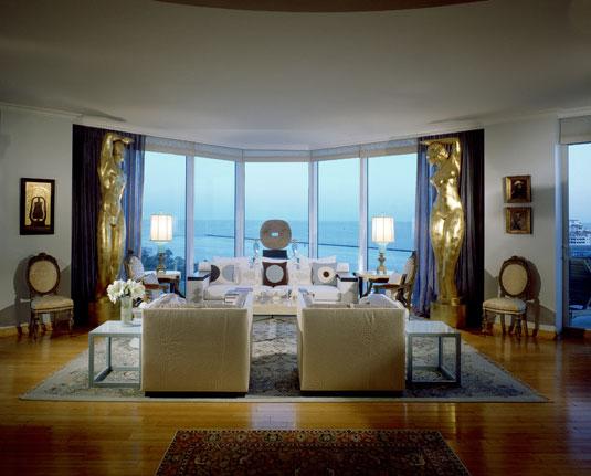 Extravagant Apartment Design