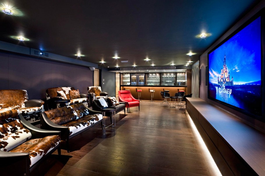 Outstanding Home Theater Room Design 910 x 606 · 110 kB · jpeg