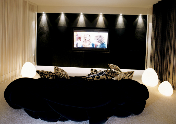 15 cool home theater design ideas digsdigs Modern home theater design ideas