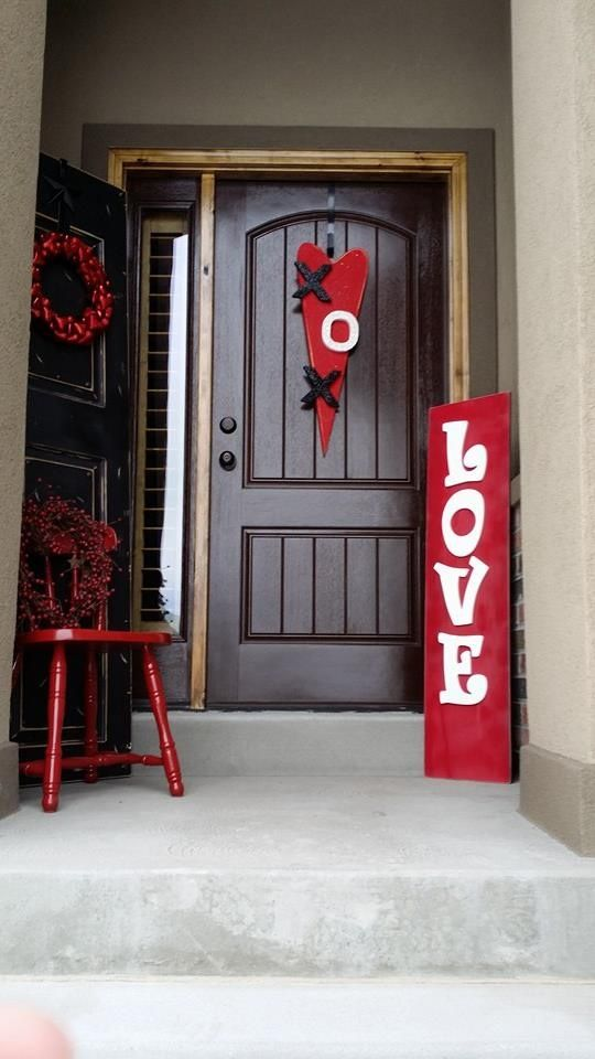 40 hot red valentine home d cor ideas digsdigs for Home decorations for valentine s day