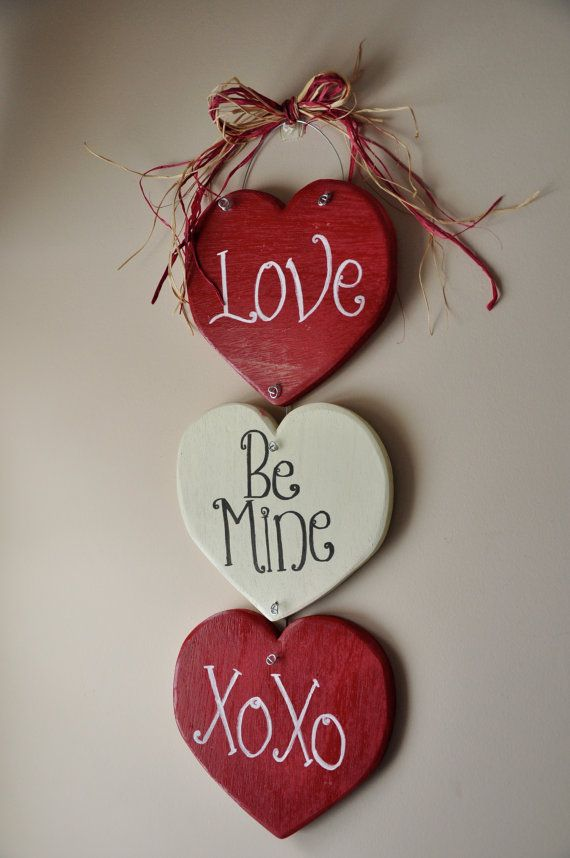 40 hot red valentine home d cor ideas digsdigs for Valentine decorations to make at home