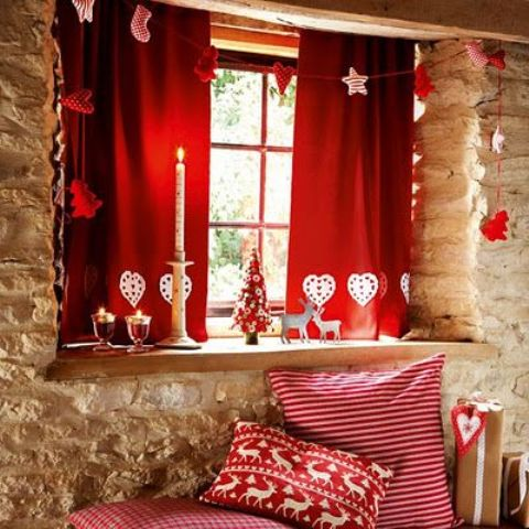 Hot Red Valentine Decor Ideas