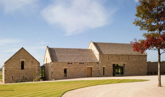 Barn Converted To The Contemporary House With a Pool