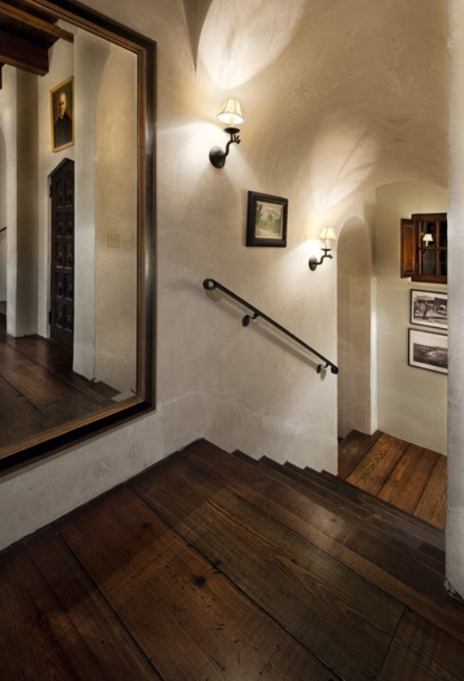 House In A Combination Of Antique And Modern Styles