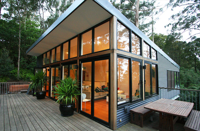9 points house steel house on problematic site digsdigs for Steel home plans designs