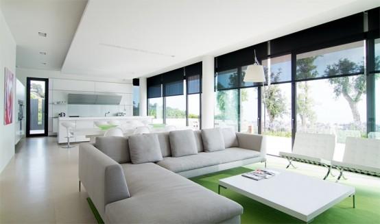 House That Exploit The Spectacular Landscape