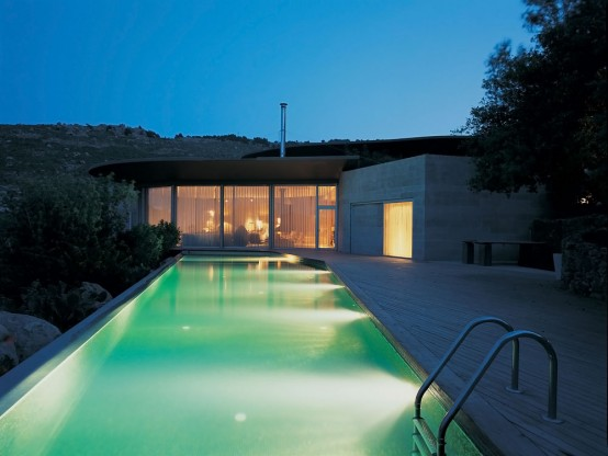 House With A Pool On The Roof