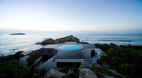10 Houses With Best Pools in 2010