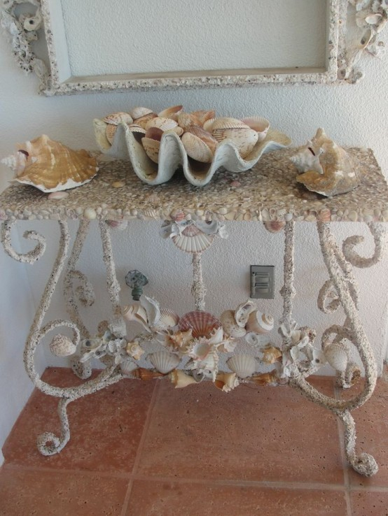 Seashell Themed Bedroom