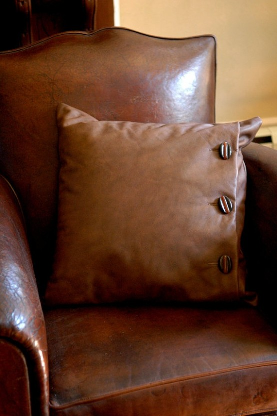 How  To Decorate Your Home With Leather