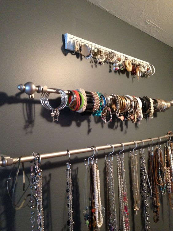 Picture Of how to organize your jewelry in a comfy way ideas  1