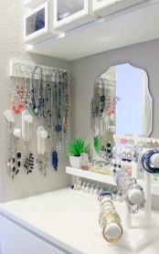 how-to-organize-your-jewelry-in-a-comfy-way-ideas-2