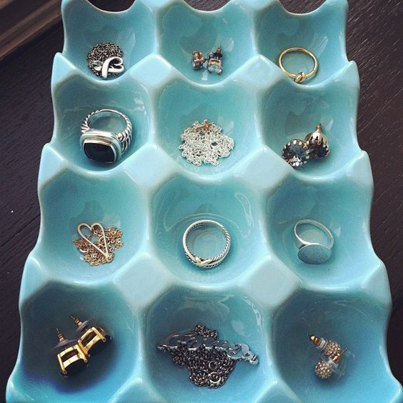 Picture Of how to organize your jewelry in a comfy way ideas  22