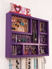 how-to-organize-your-jewelry-in-a-comfy-way-ideas-26