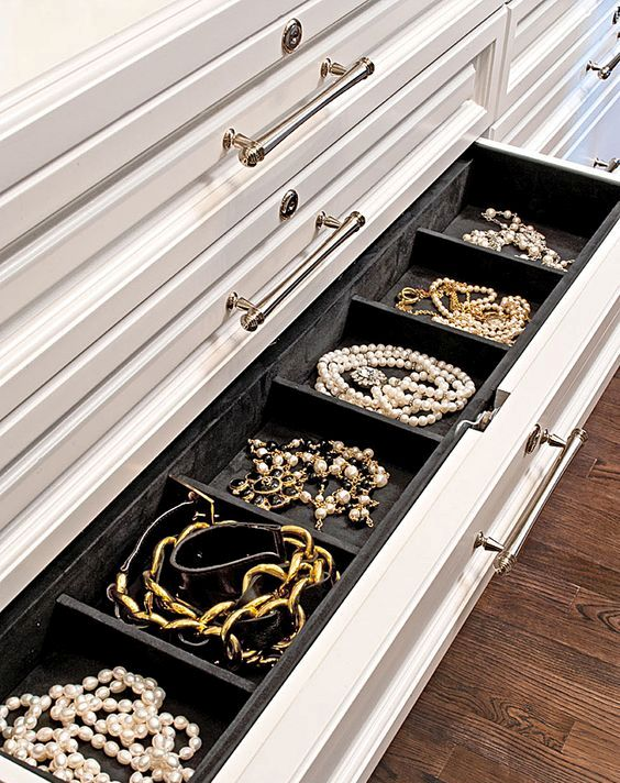 Picture Of how to organize your jewelry in a comfy way ideas  31