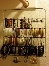 how-to-organize-your-jewelry-in-a-comfy-way-ideas-35