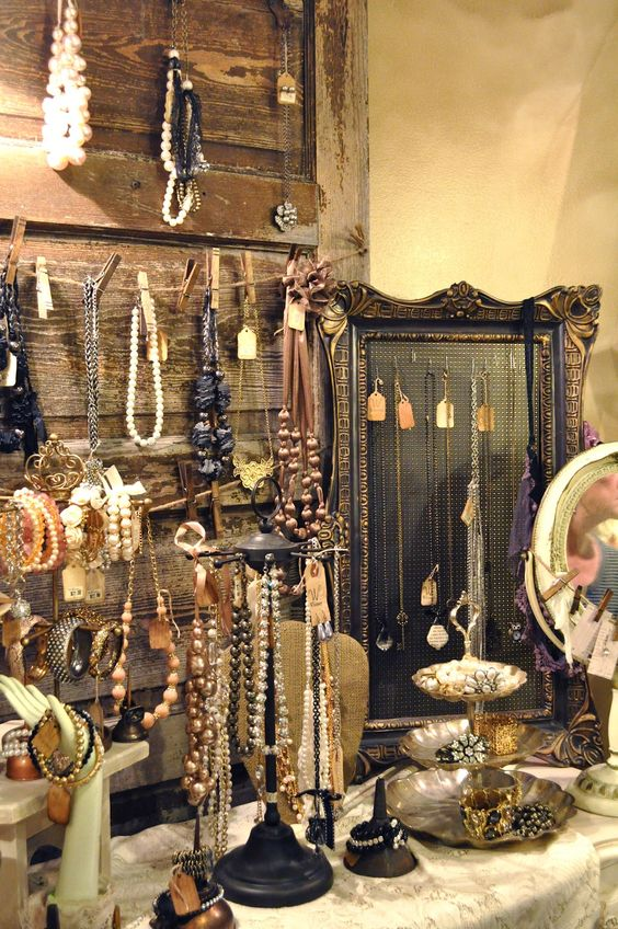 Picture Of how to organize your jewelry in a comfy way ideas  37