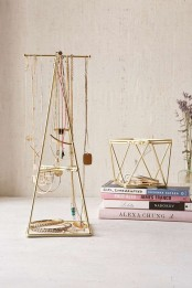 how-to-organize-your-jewelry-in-a-comfy-way-ideas-4