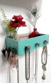 how-to-organize-your-jewelry-in-a-comfy-way-ideas-40