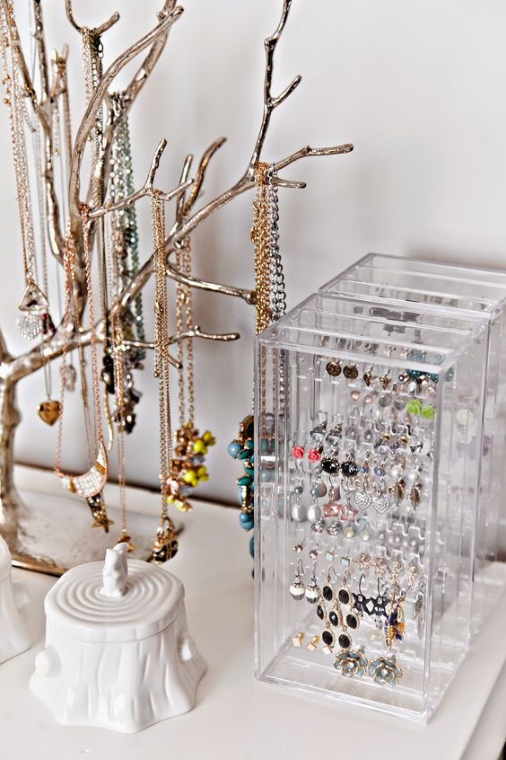 Picture Of how to organize your jewelry in a comfy way ideas  7