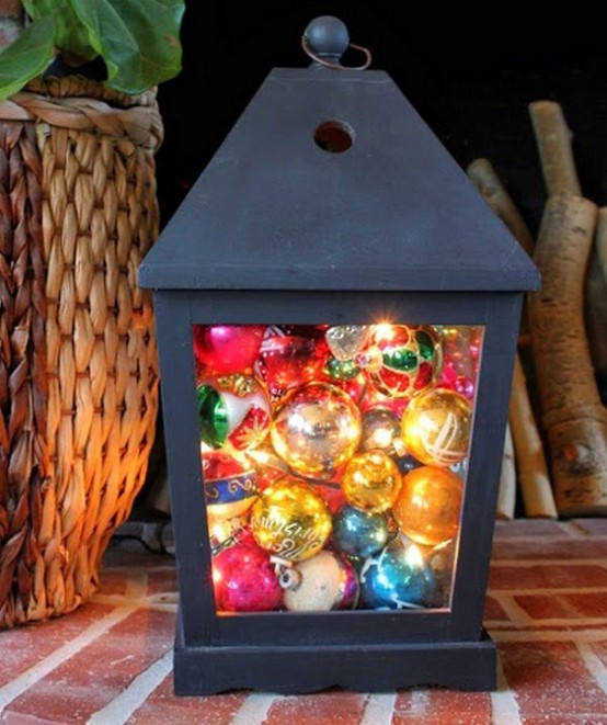 How To Use Christmas Ornaments In Home Decor: 28 Ideas