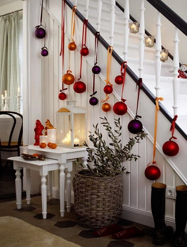 How To Use Christmas Ornaments In Home Decor 28 Ideas