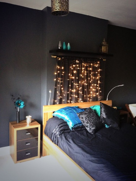 How to use string lights for your bedroom 32 ideas digsdigs for Blue and black bedroom ideas