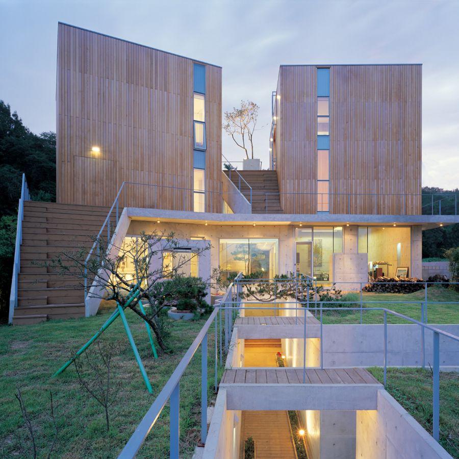 House on Floating Land – HYE RO HUN by IROJE KIMHYOMAN