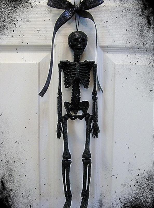 Ideas For Elegant Black And White Halloween