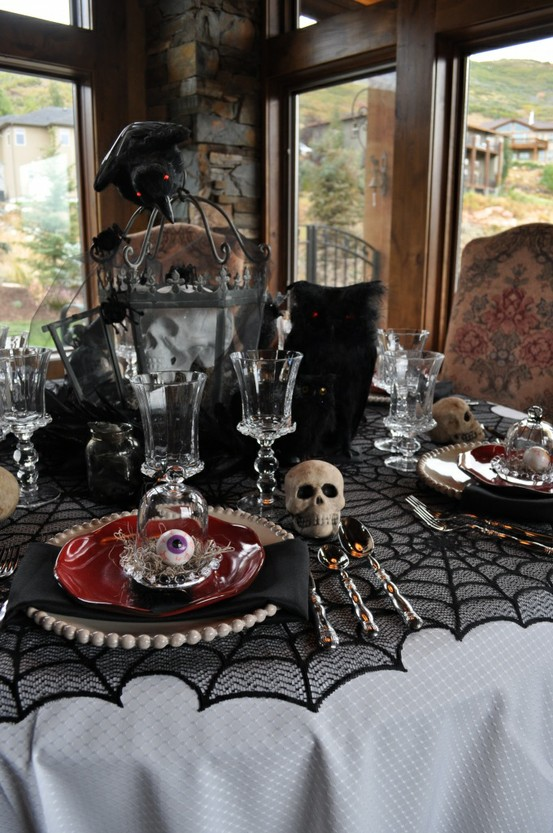 70 ideas for elegant black and white halloween decor Classy halloween decorations