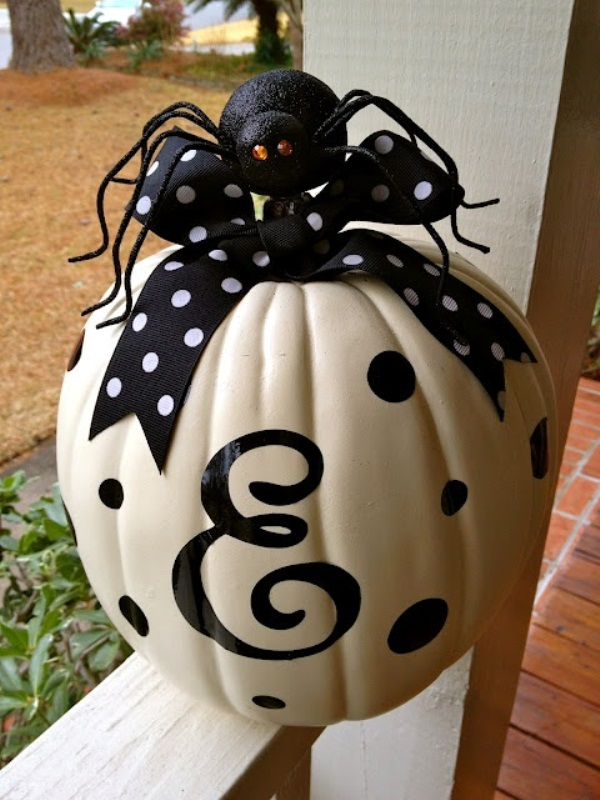 50 ideas for elegant black and white halloween decor for Ideas decoracion halloween