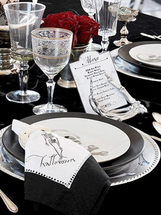 Bone-chilling napkins and plates are a must-have for your Halloween table.