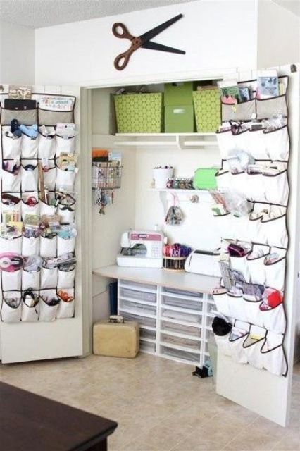 40 ideas to organize your craft room in the best way for How to organize your room and closet