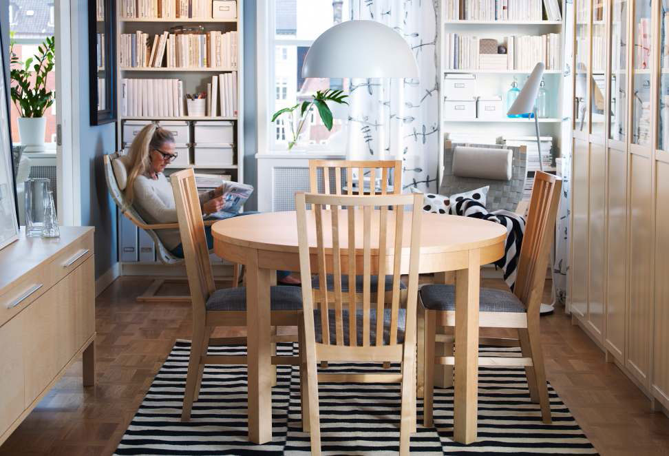 Ikea dining room design ideas 2012 digsdigs for Table salle manger ikea