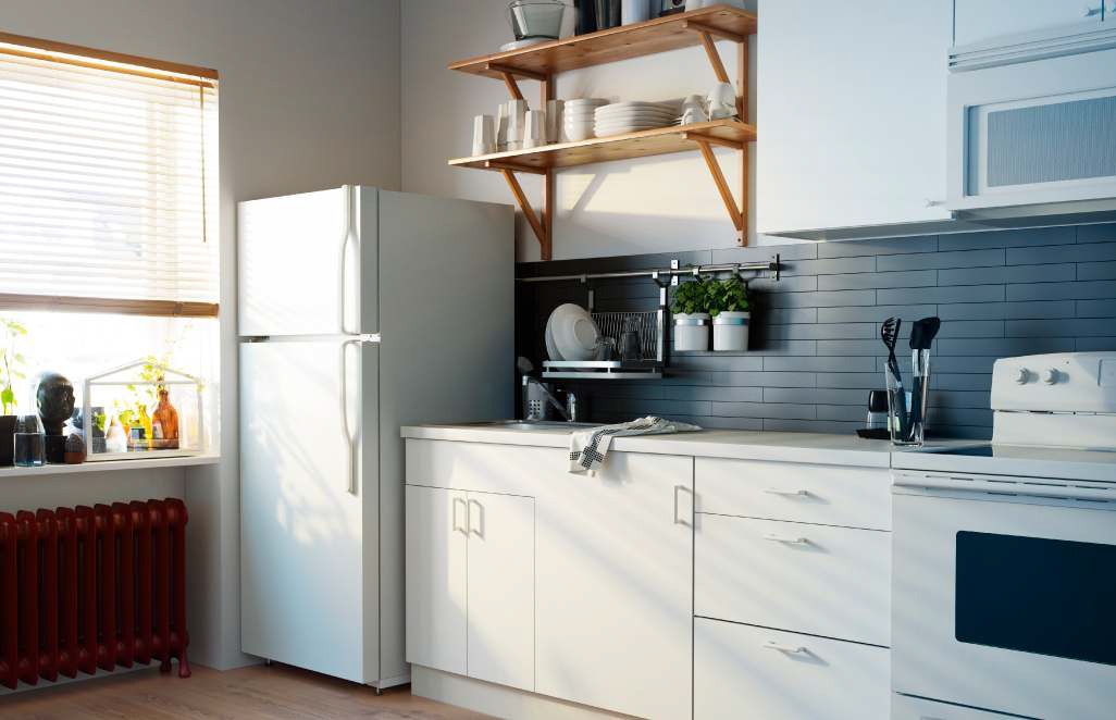 Ikea kitchen design ideas 2013 digsdigs - Small kitchens ikea ...