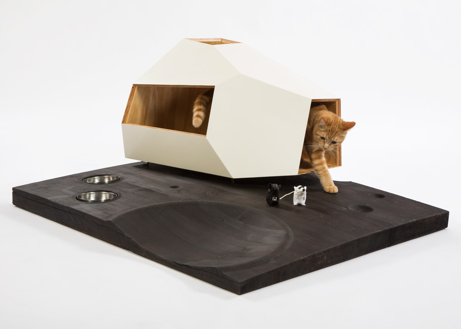 Picture Of imaginative and bold cat houses with futuristic designs  11