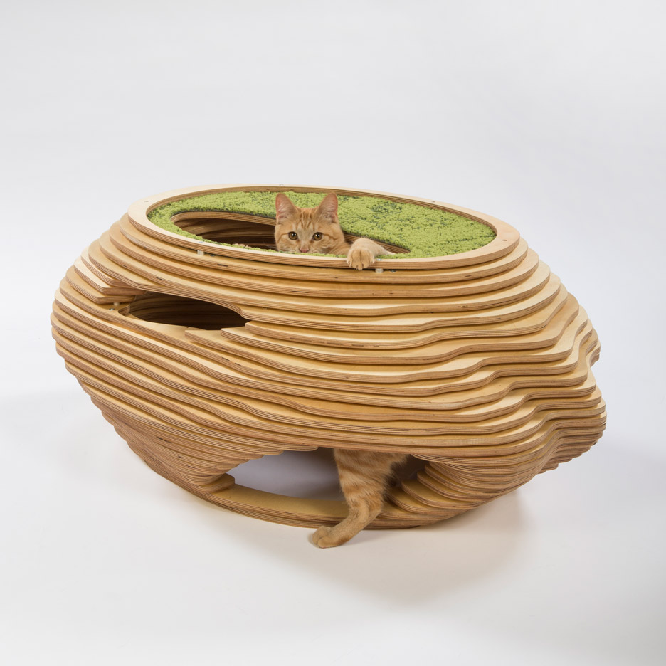 Picture Of imaginative and bold cat houses with futuristic designs  7