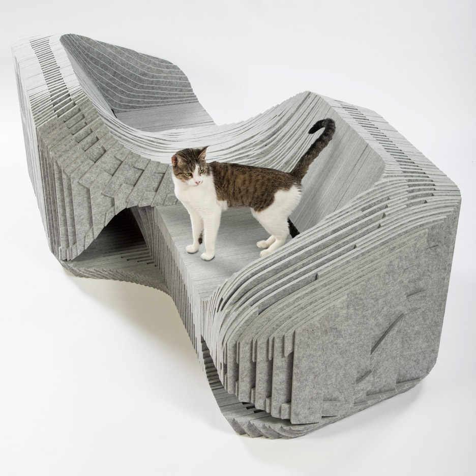 Picture Of imaginative and bold cat houses with futuristic designs  9