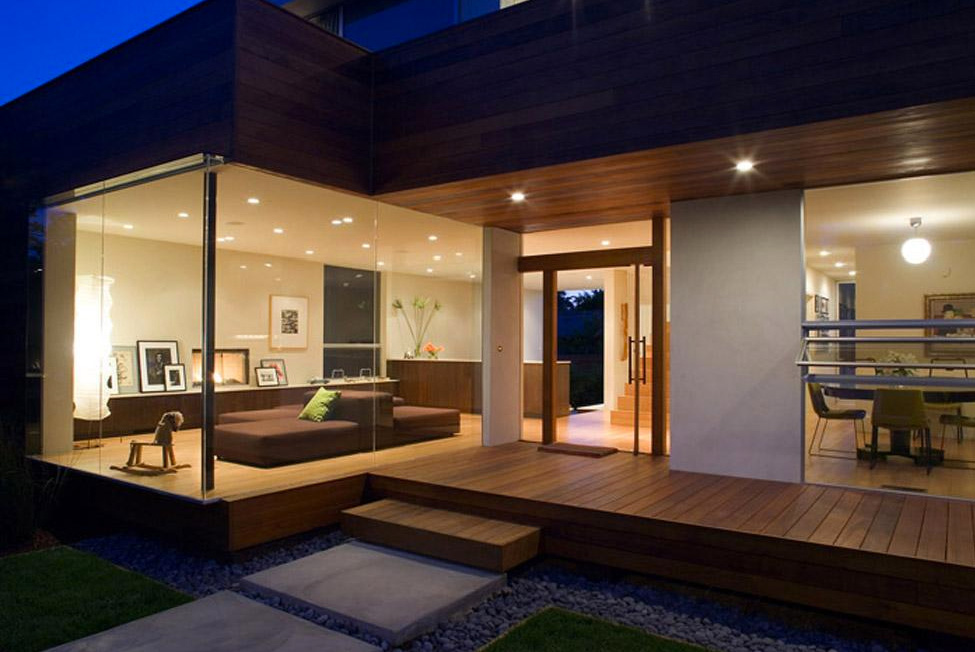 House design to get full advantage of south climate with for Exterior home lighting design