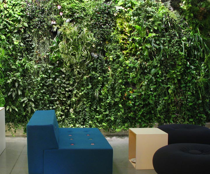 10 cool indoor vertical garden design examples