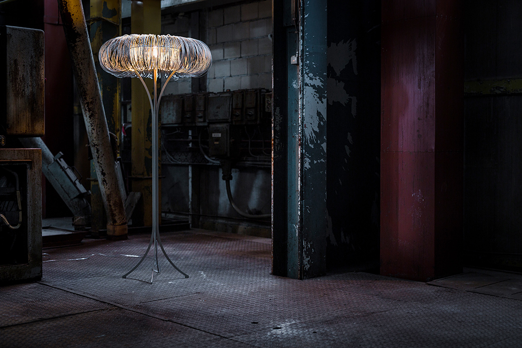 Picture Of industrial cloche and roundabout lamp series  5