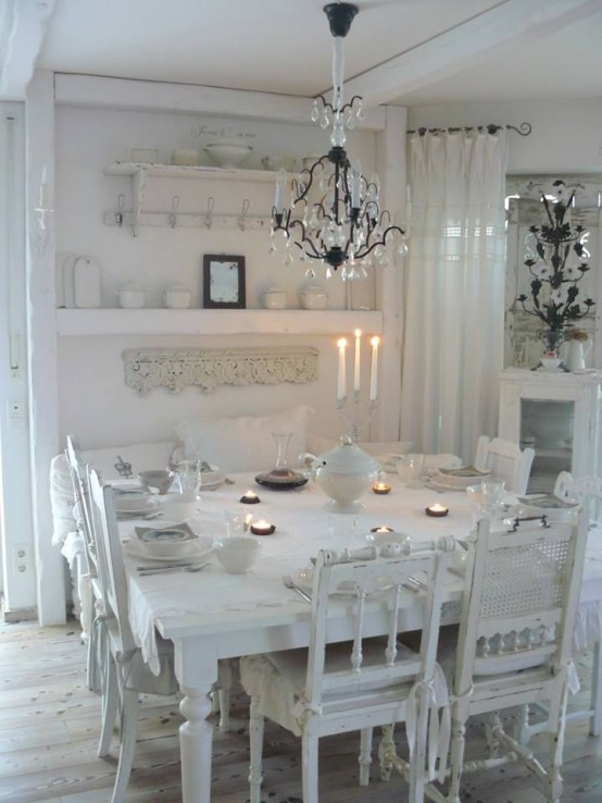33 inviting and cute vintage dining rooms and zones digsdigs for Table de noel shabby chic