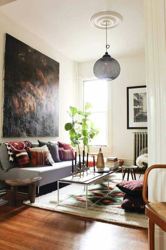 Who said boho is messy? This living space is quite stylish and well  organized.